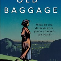 #BookReview: Old Baggage by Lisa Evans @LissaKEvans @DoubleDayUK